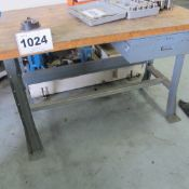 CAT 40 TOOL VISE WITH WRENCHES AND WORK BENCH