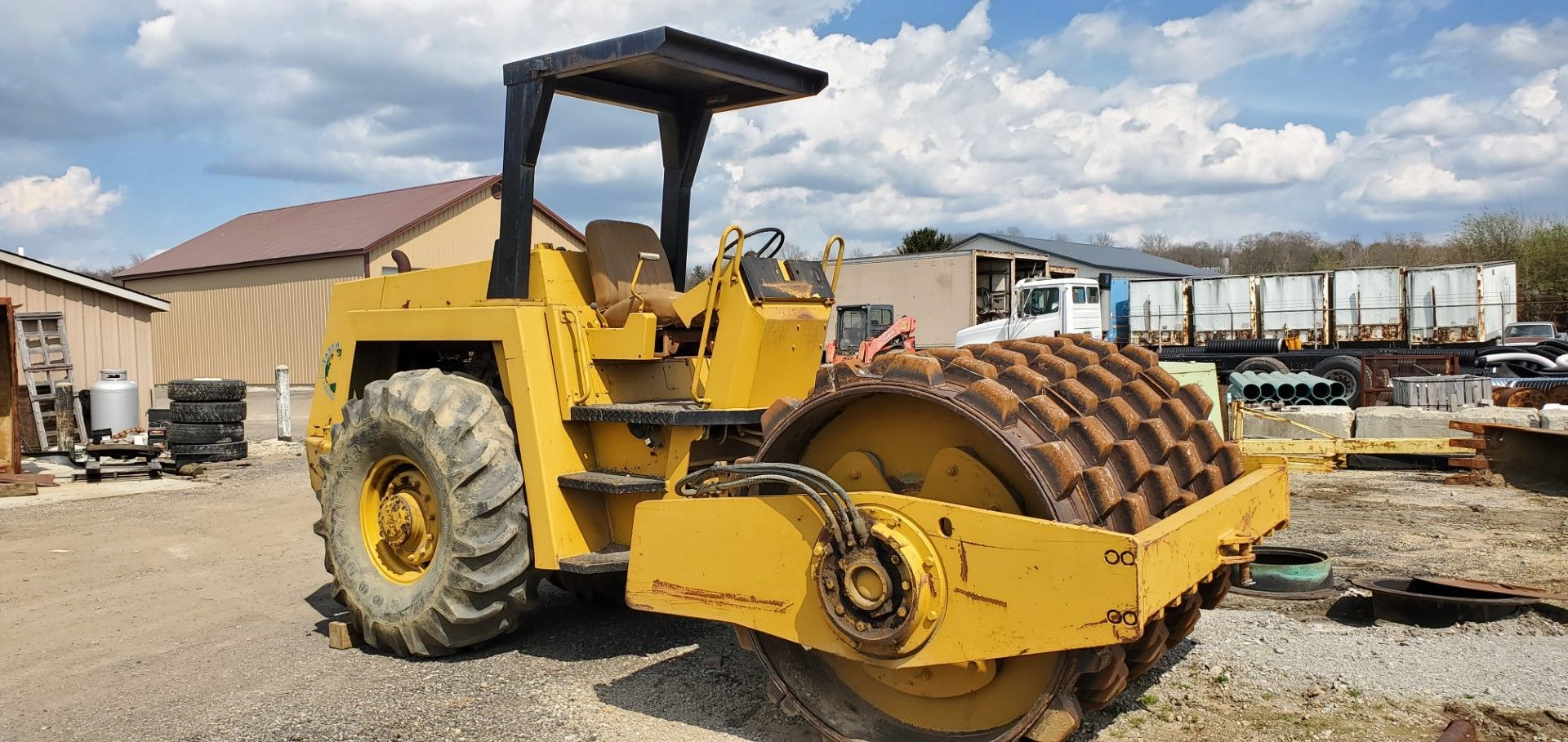 Lot 33 - Bomag Model BW 213 Vibratory Roller w/ Shell Kit, s/n 101400250137, 3016 Hours, Deitz Diesel