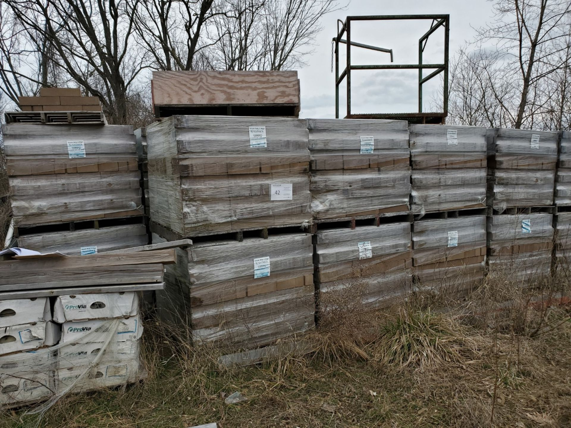 Lot 42 - (42) Skids ReadyBrick 8x4x16 HH RB, Brownstone Conc W/IWR 180 count per skid, Loading Fee $400