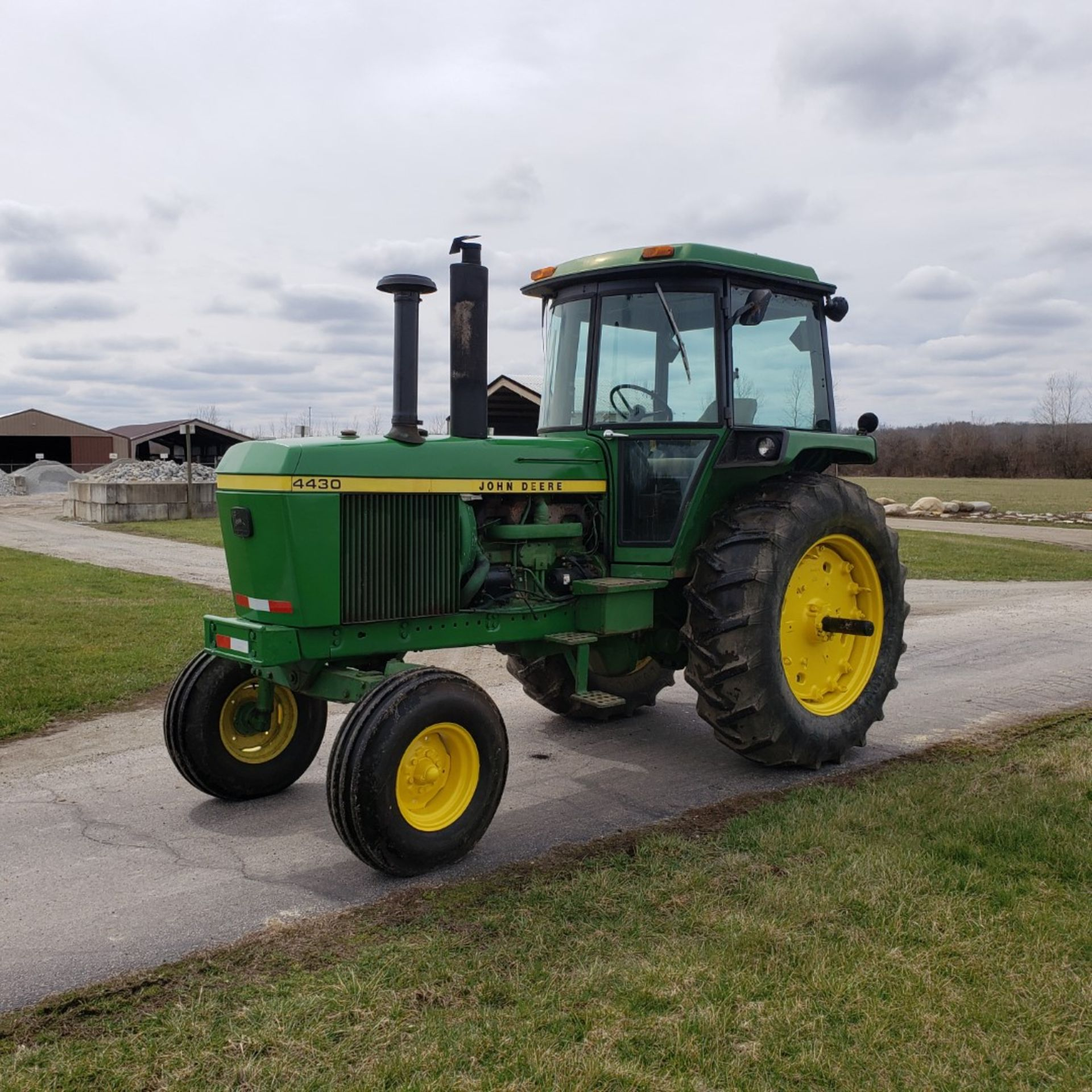 Lot 32 - John Deere Model 4430 H Tractor w/ Enclosed Cab, 7520 Hours, s/n 030228R