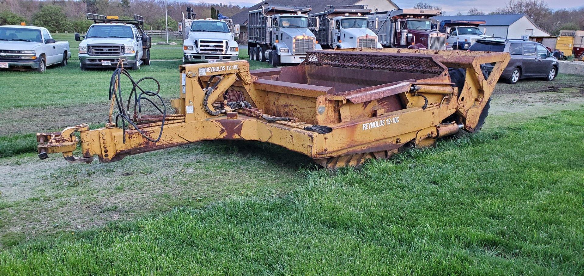 Reynolds 12-10C Pull Scraper -12 Yard Pan Capacity - Image 4 of 6