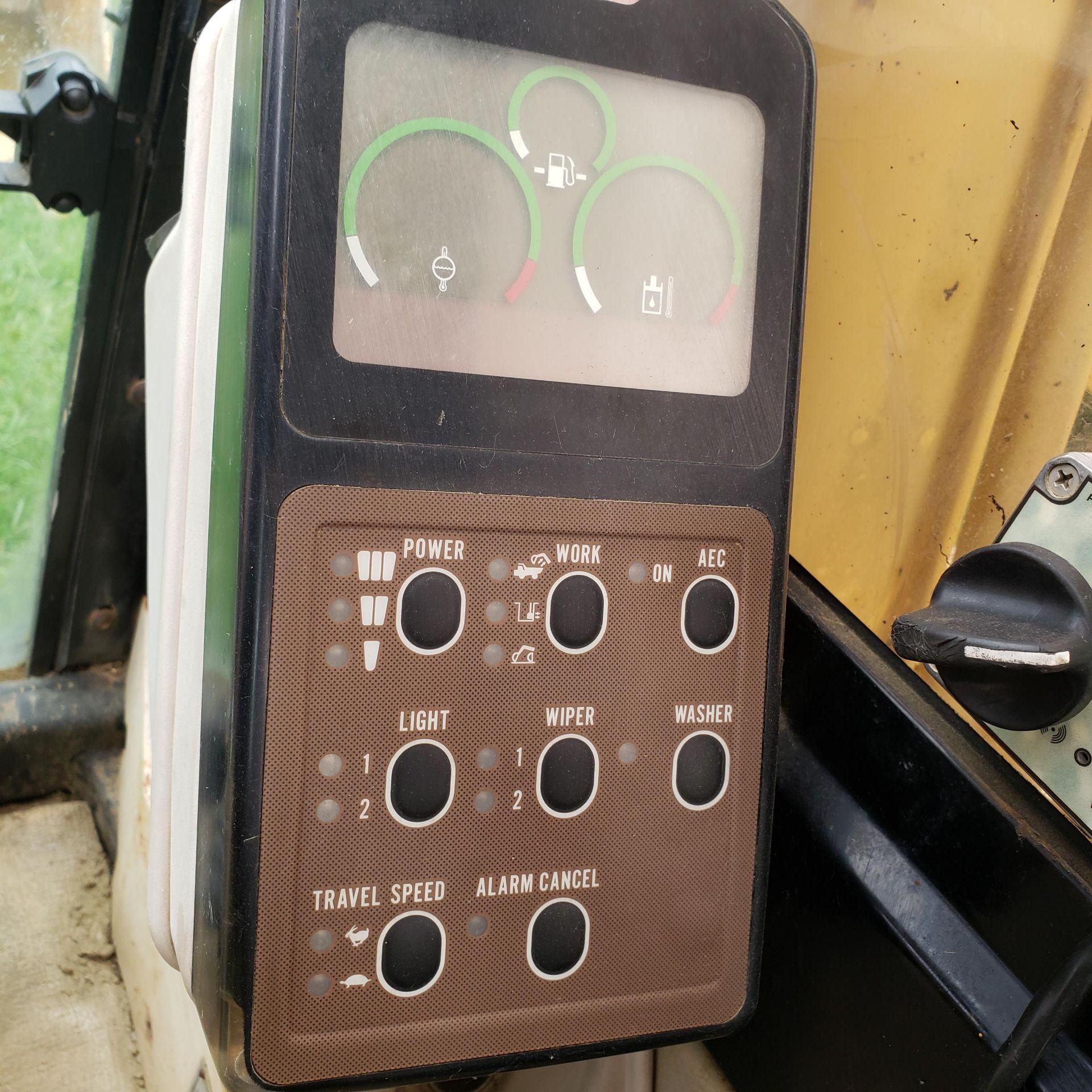 1996 Caterpillar 322L Hydraulic Excavator, Enclosed Cab, 28 in Bucket, Cat 3116 Engine, 9579 Hours - Image 14 of 18