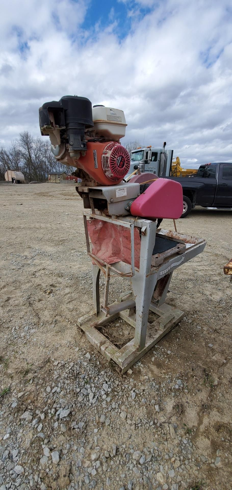 Stone Model MS2 20 in Masonry Block Saw, 13 HP Honda Gas Engine
