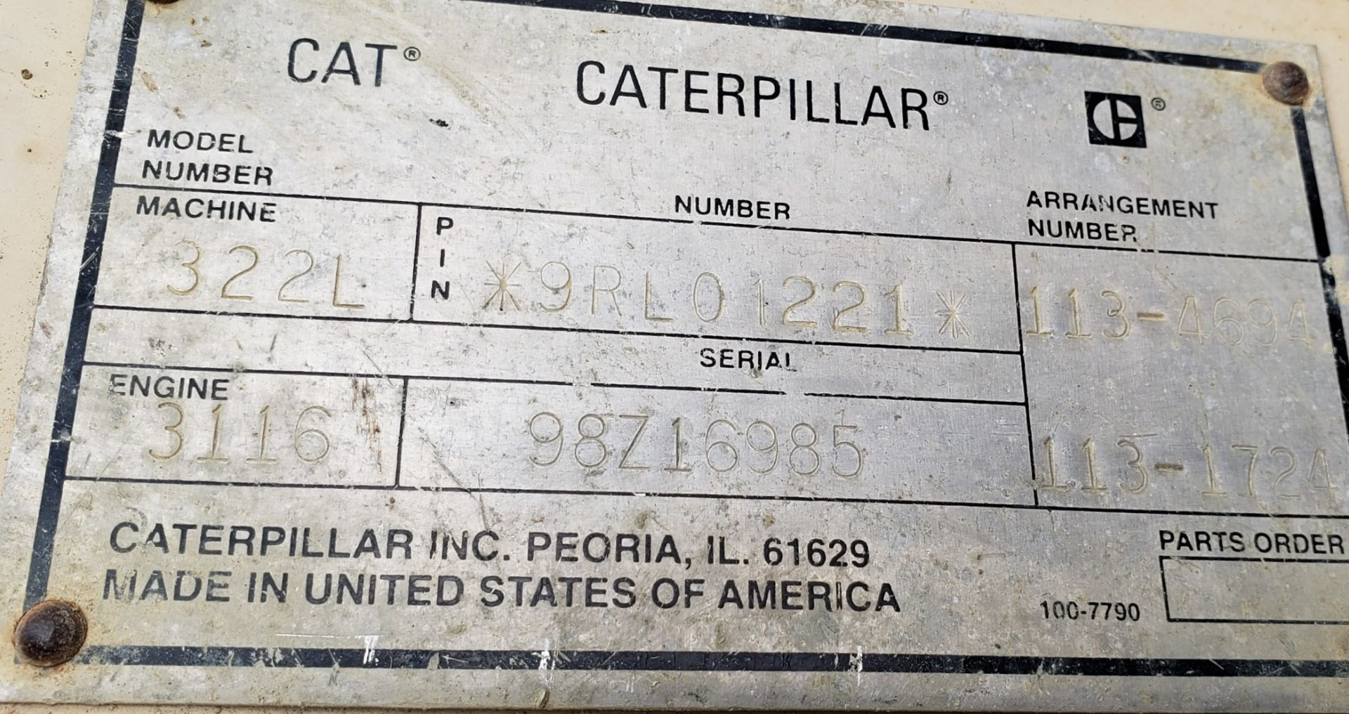 1996 Caterpillar 322L Hydraulic Excavator, Enclosed Cab, 28 in Bucket, Cat 3116 Engine, 9579 Hours - Image 17 of 18
