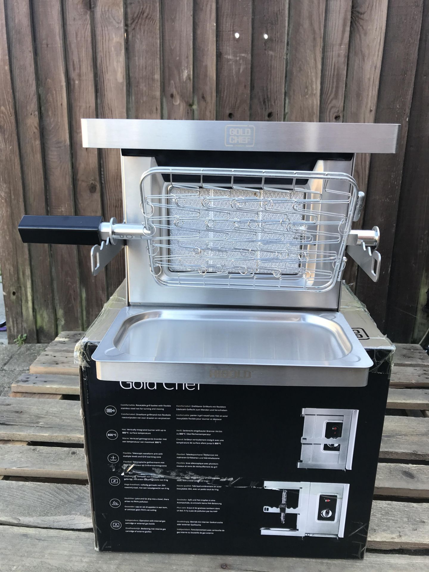 Lot 17 - GOLD CHEF TWO 800C ROTISSERIE GRILL