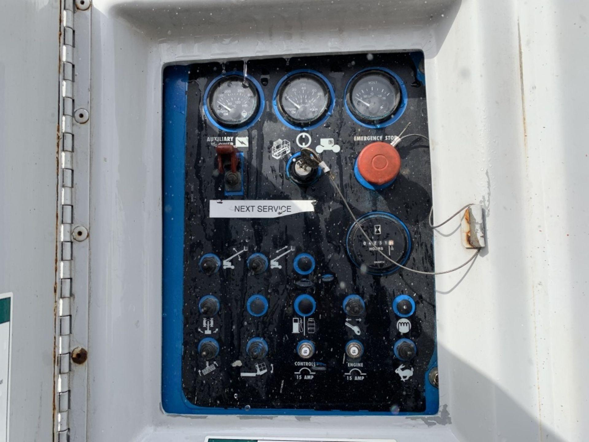 Lot 53 - 1996 Genie S-40 4x4 Boom Lift