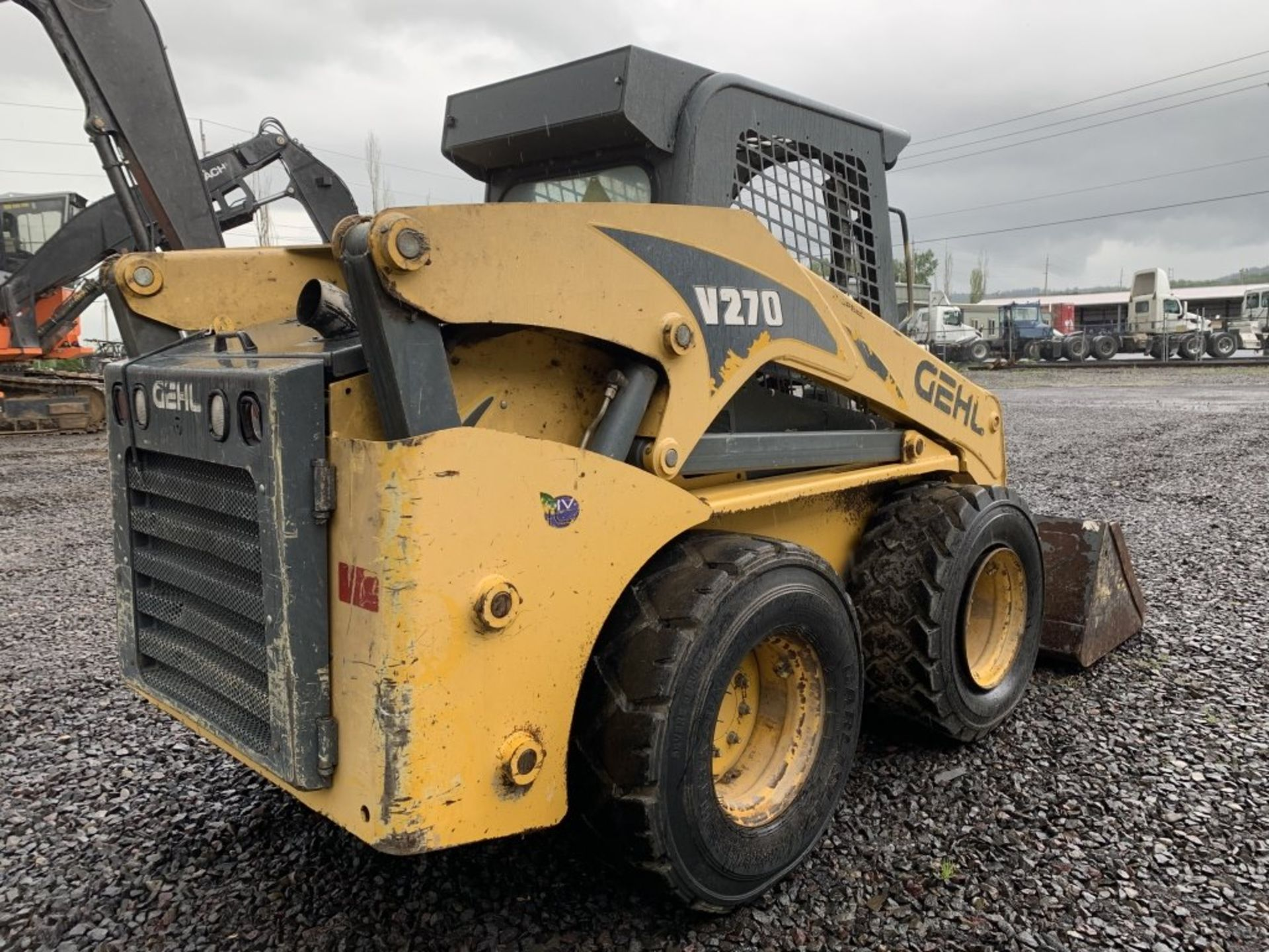 Lot 22 - 2011 Gehl V270 Skid Steer Loader