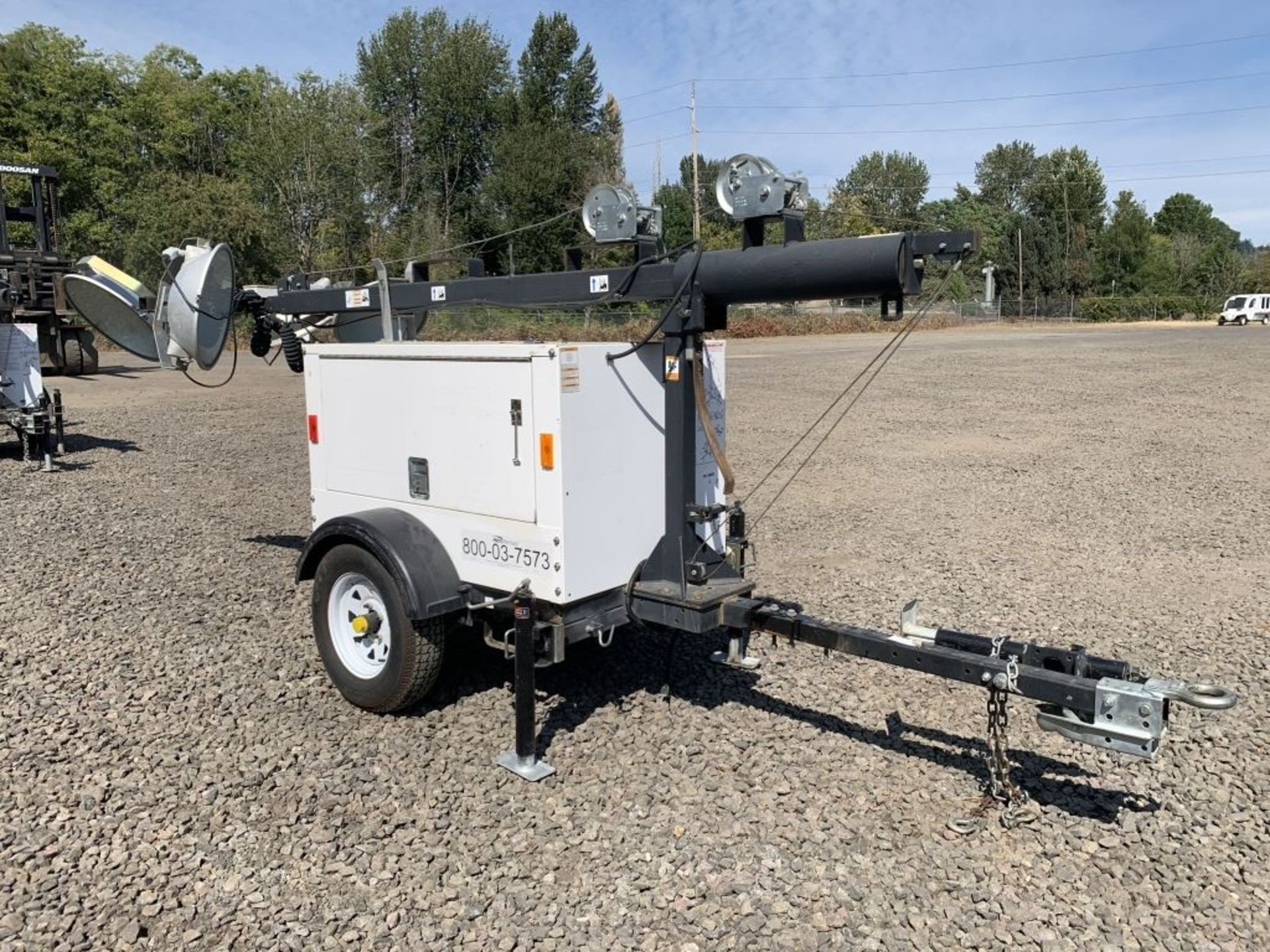 Lot 38 - 2014 Magnum MLT3060K Towable Light Tower