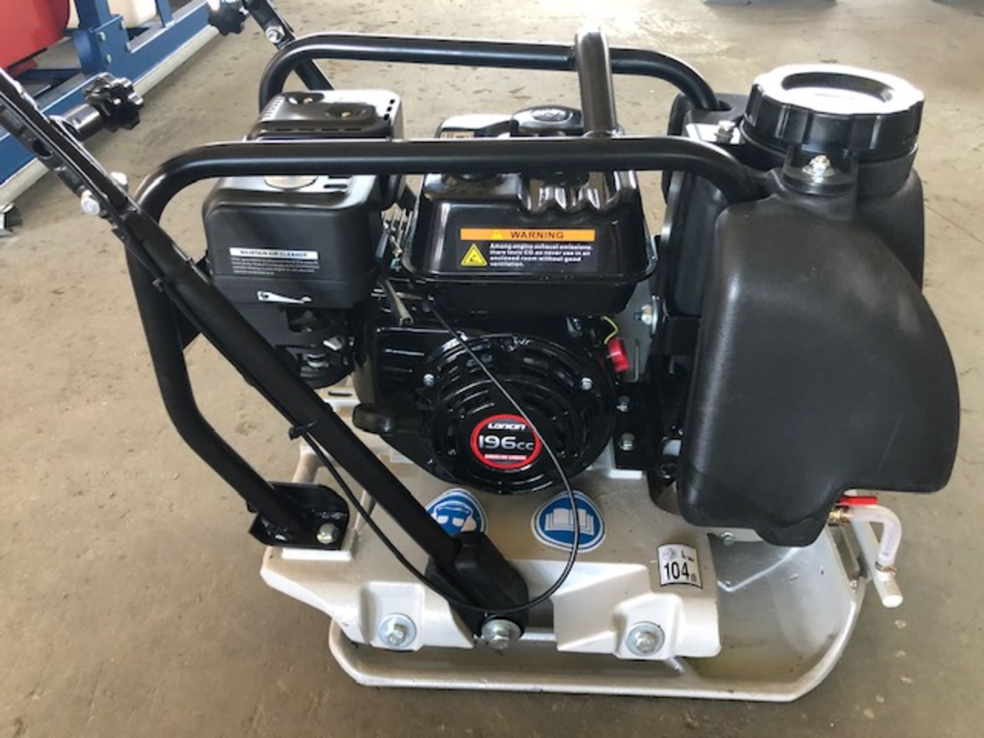 Lot 6 - 2020 Mustang LF-88 Plate Compactor