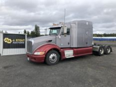 2009 Peterbilt 386 T/A Sleeper Truck
