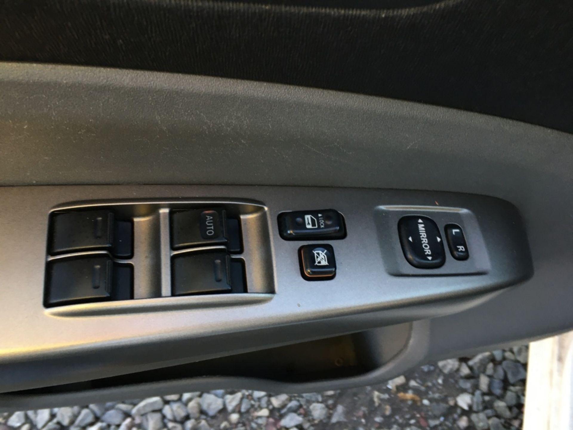 2009 Toyota Prius Sedan - Image 8 of 18