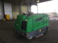 Tennant T20 Ride On Sweeper