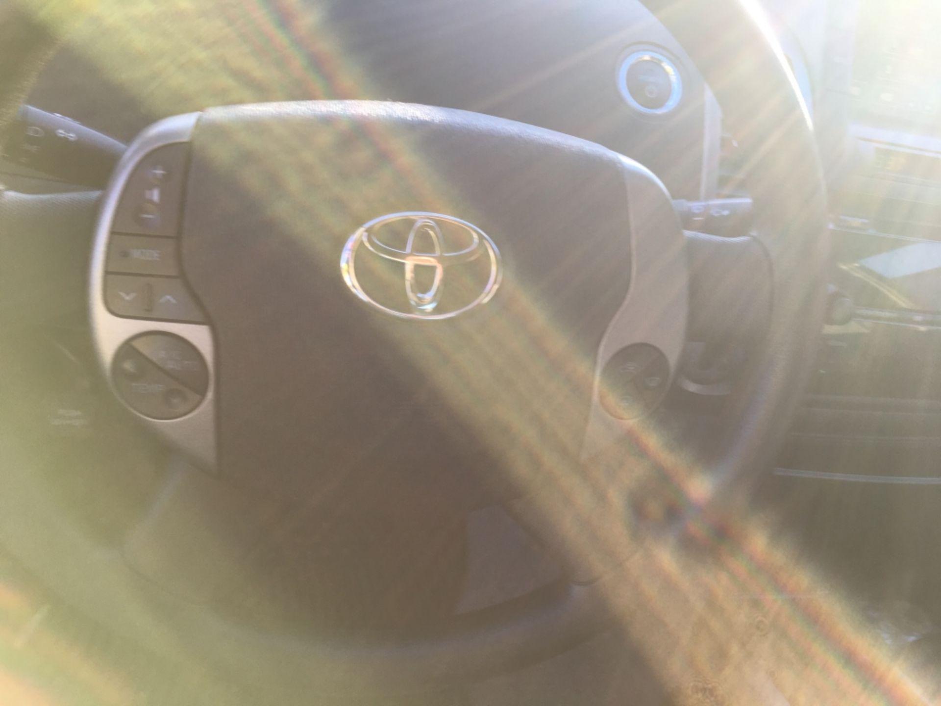 2009 Toyota Prius Sedan - Image 10 of 18