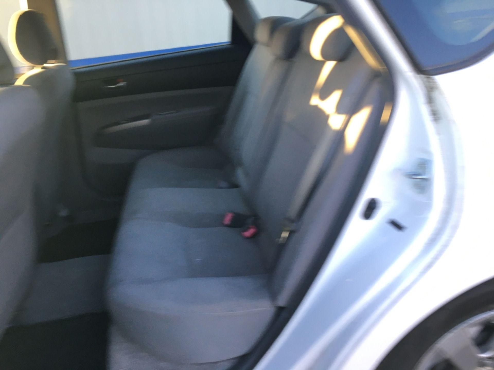 2009 Toyota Prius Sedan - Image 6 of 18