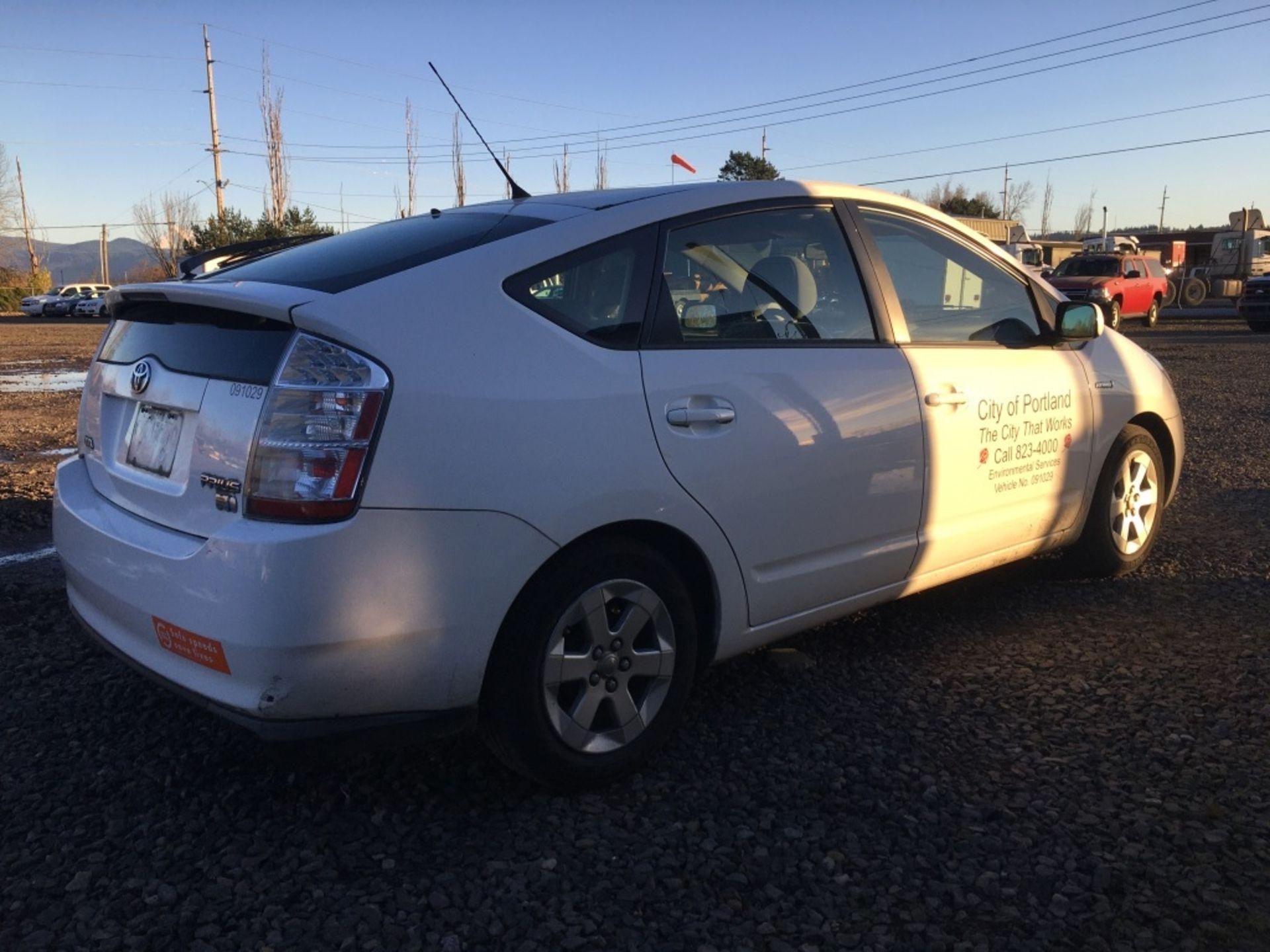2009 Toyota Prius Sedan - Image 3 of 18