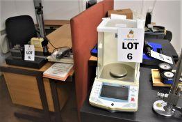 EXPLORER PRO OHAU1 EP64C 62G ELECTRONIC LAB SCALE