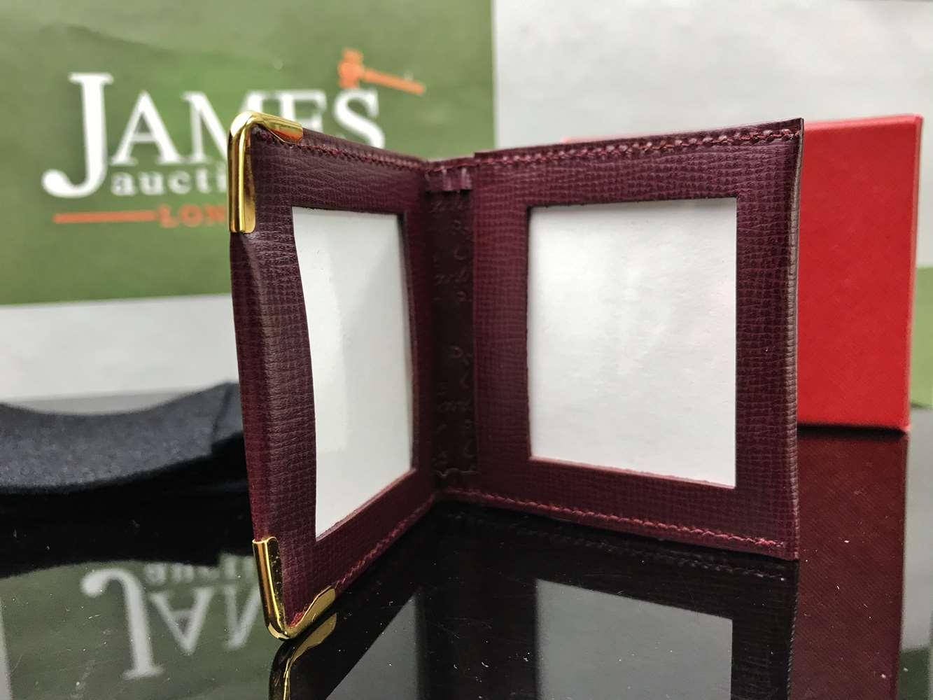 Lot 13 - Cartier Pocket Photograph Wallet