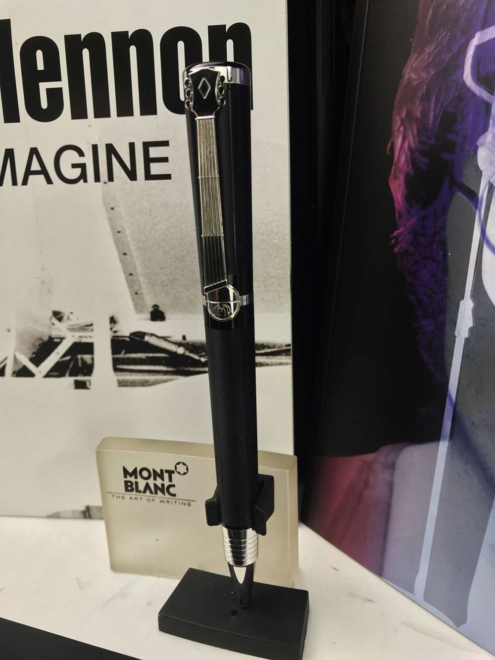 Lot 4 - Montblanc John Lennon Special Edition Pen