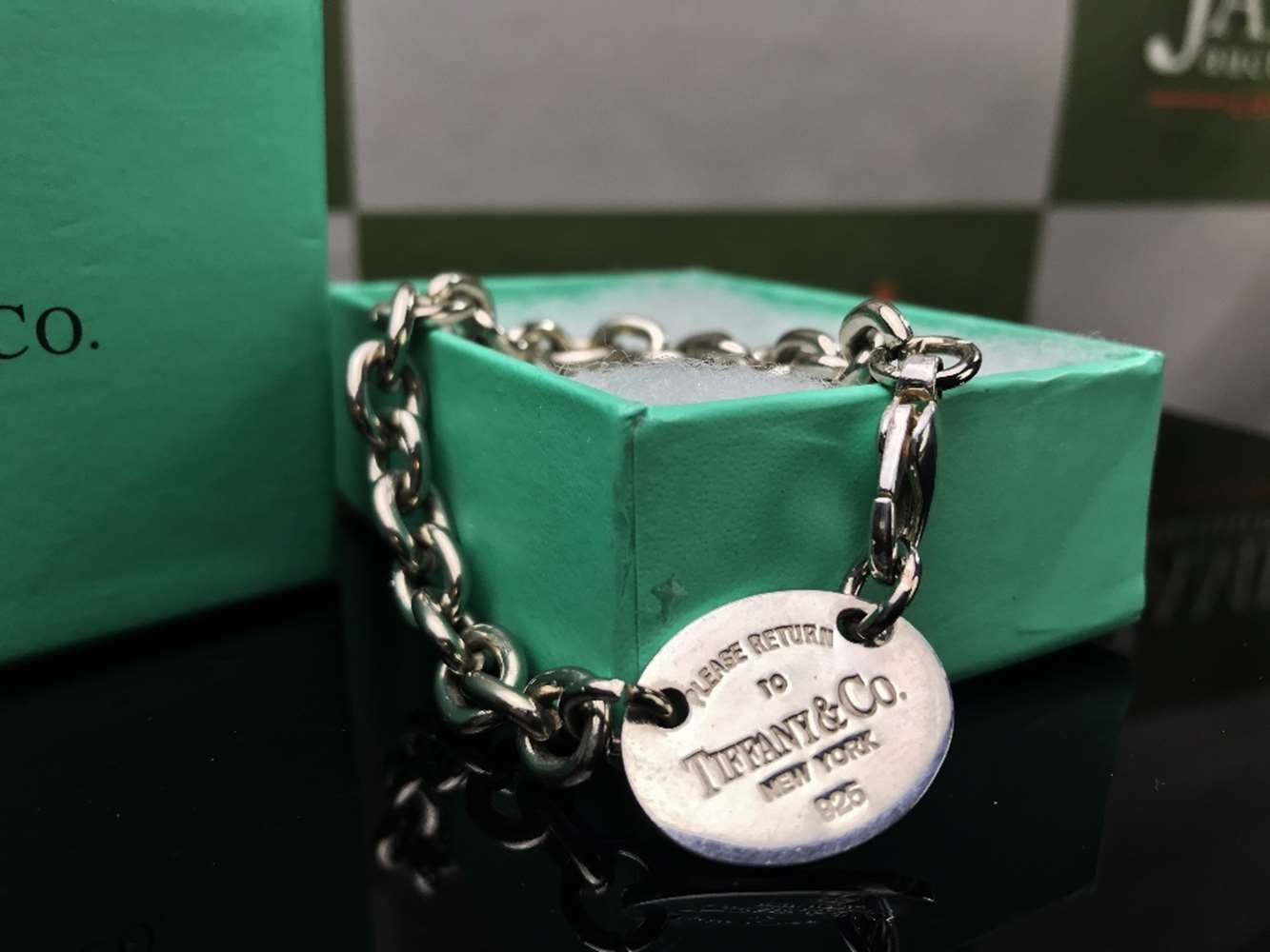 "Lot 29 - Tiffany & Co ""Return To Sender"" Bracelet .925 Silver"