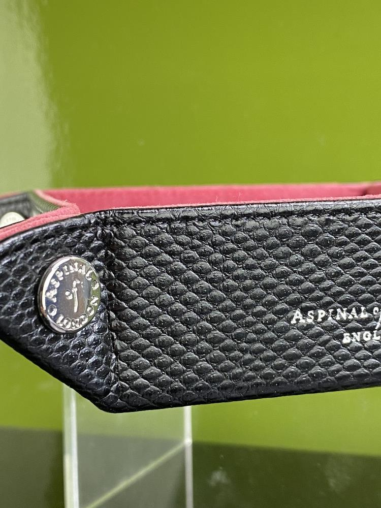 Lot 17 - Aspinal of London Leather Tidy Trinket Holder