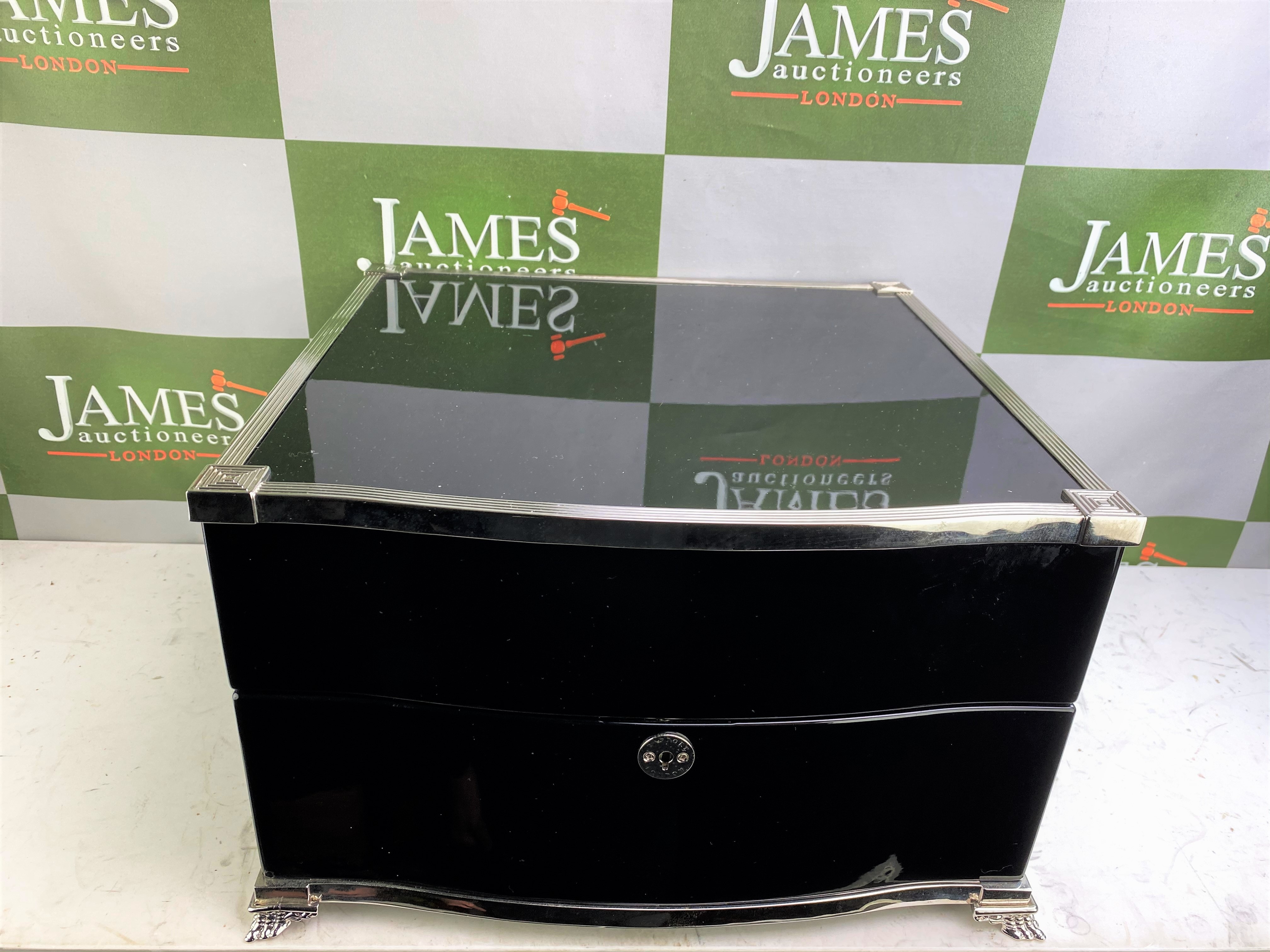 Lot 19 - Rapport Of London Automatic Quad Watch Winder-Silver & Piano Key Gloss Black