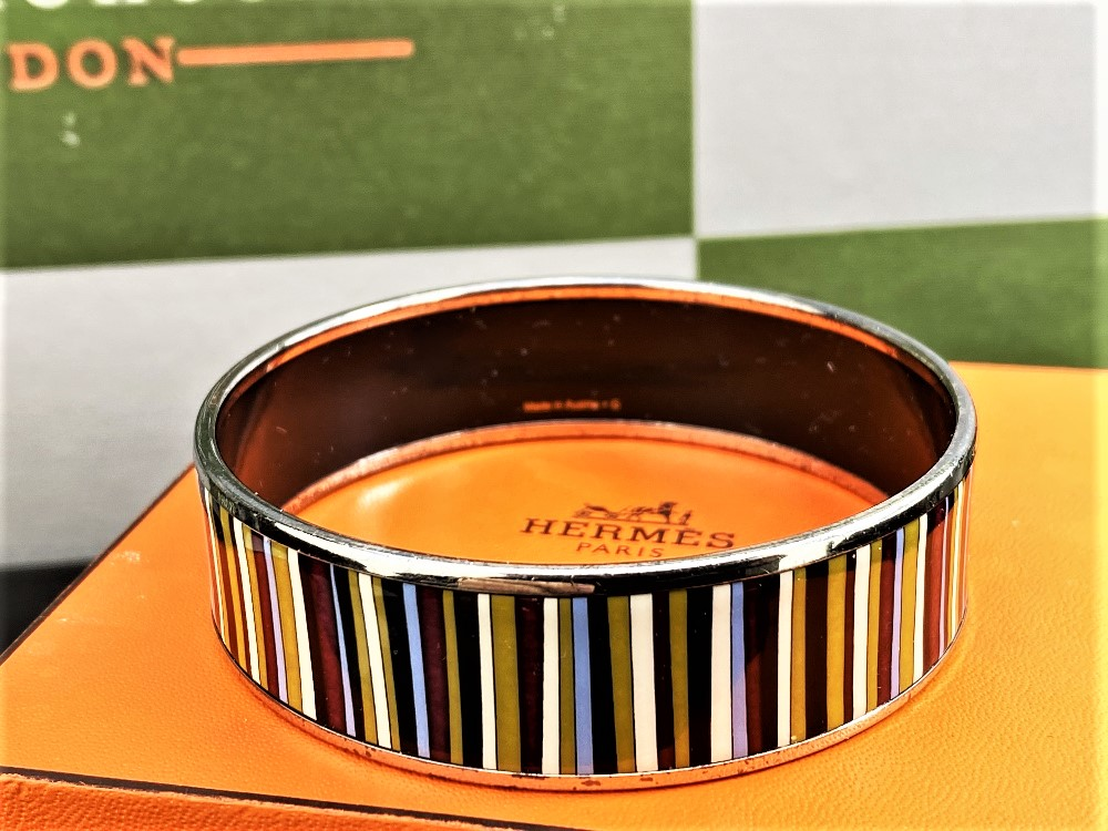 Lot 10 - Hermes Stripe Pattern Cloisonne Bangle Enamel Multi Color /Silver