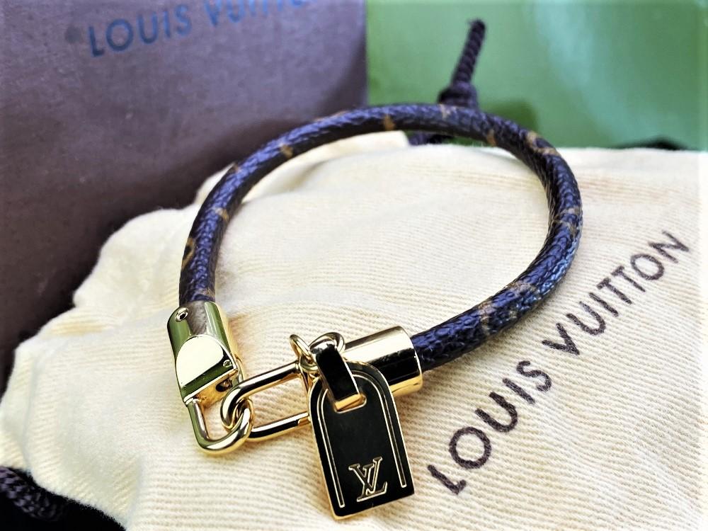Lot 4 - Louis Vuitton Monogram Classic Luck It Bracelet