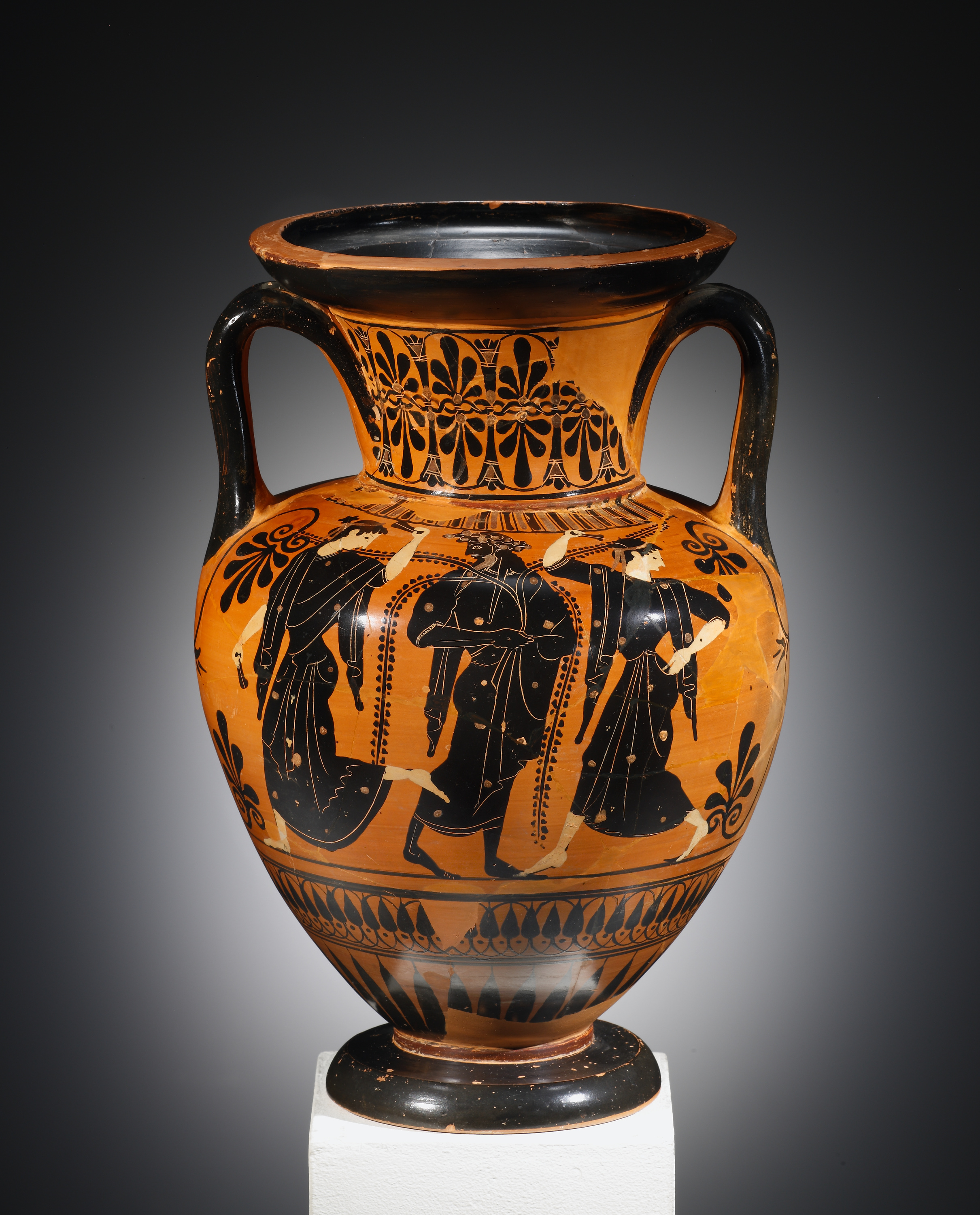 Lot 15 - A Black-figure Amphora with Dionysos and Maenads (near to the Antimenes Painter)