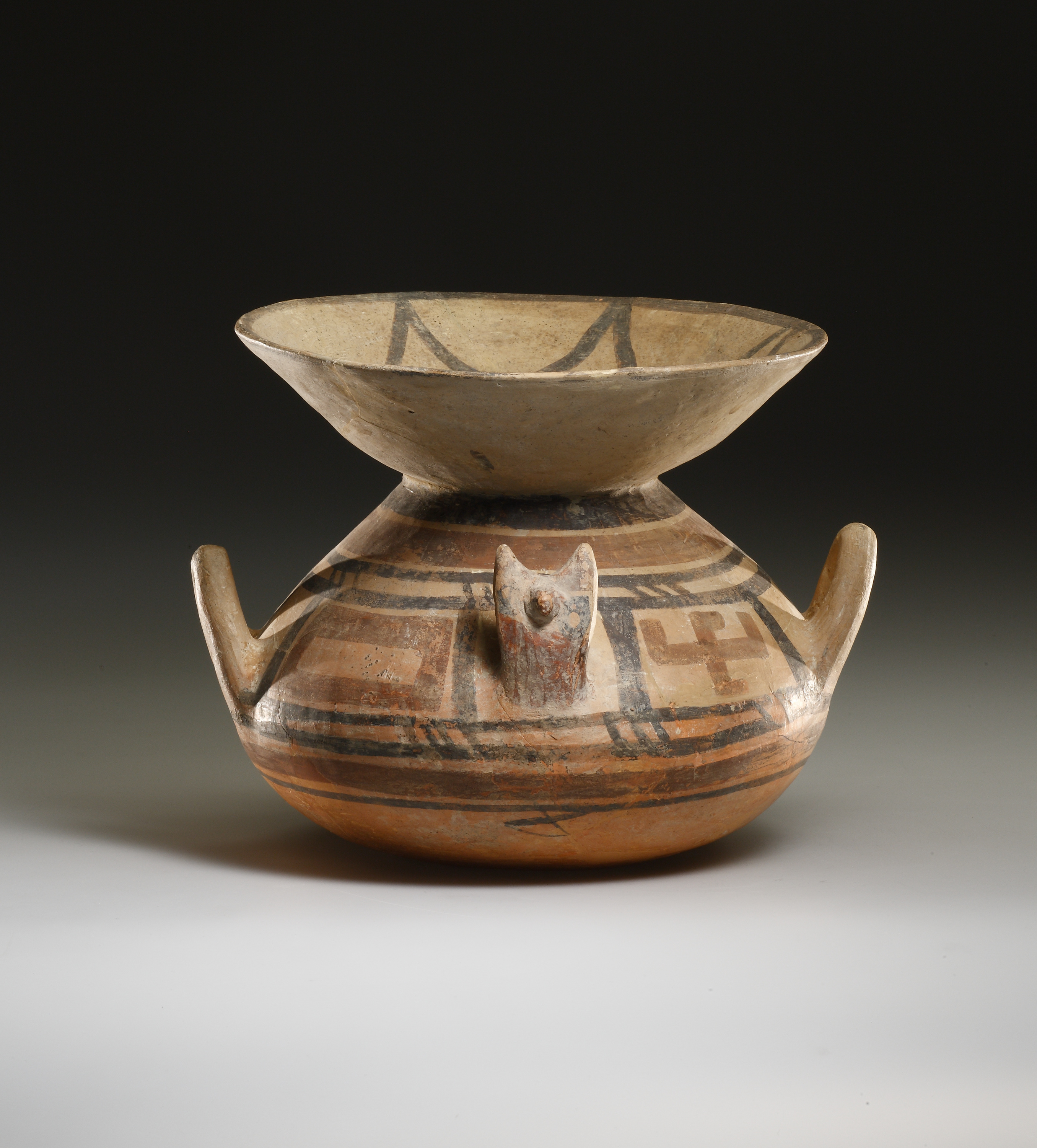 Lot 28 - A Large Daunian Olla with Flaring Mouth
