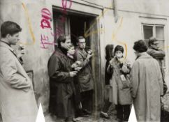 Fluxus - - Knizák, Milan. (1940 Pilsen). He did suicide. 1965. Mit Farbstift übermalte S/W