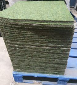 ONLINE AUCTION - Large Quantity of Pet Crates | Cages | Puppy Play Pens | Bird cages & Accessories