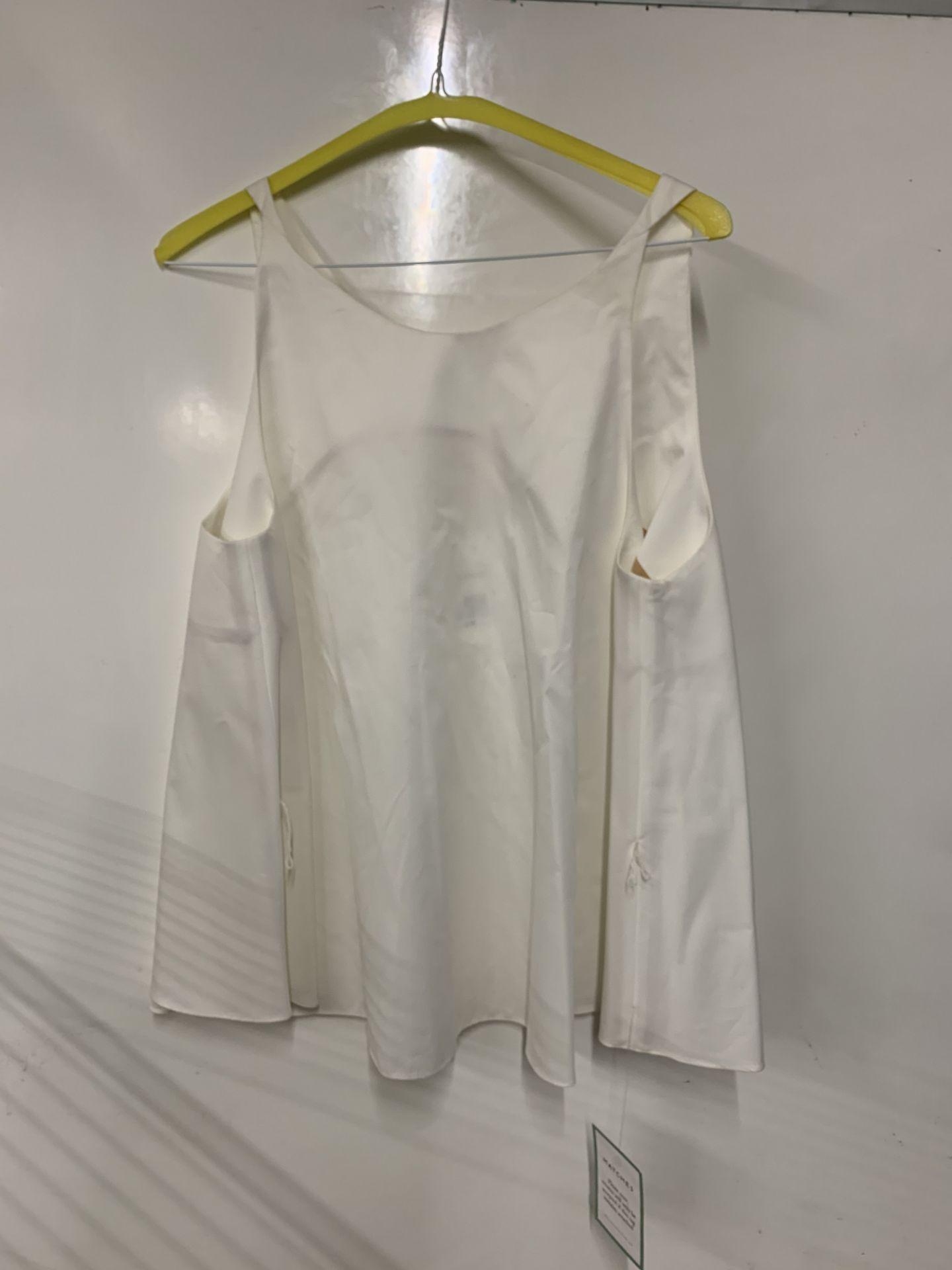 Lot 29 - Chloe tops women's antique sleeveless cotton blouse   RRP 435.00