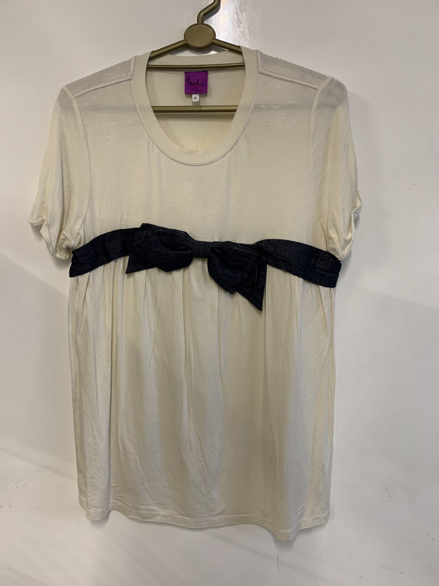 Lot 41 - Paul smith short sleeved T Shirt