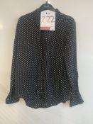 Equipment Femme black star print silk blouse | RRP £ 199.00