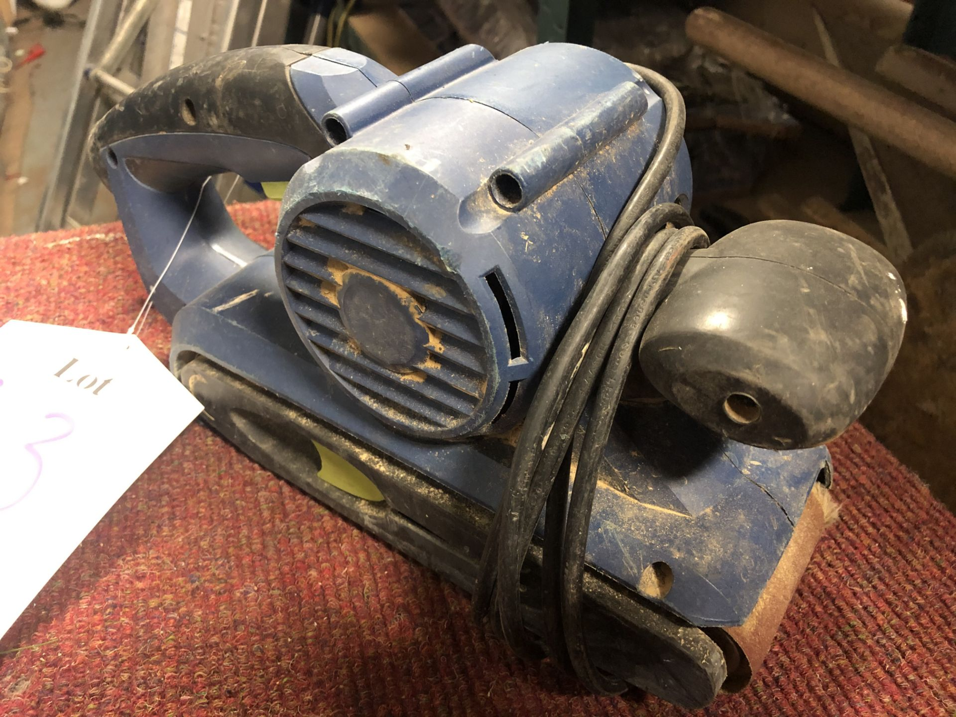 Lot 83 - Challenge Xtreme PBS900B Corded Belt Sander