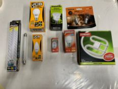 Mixed lot of branded light bulbs