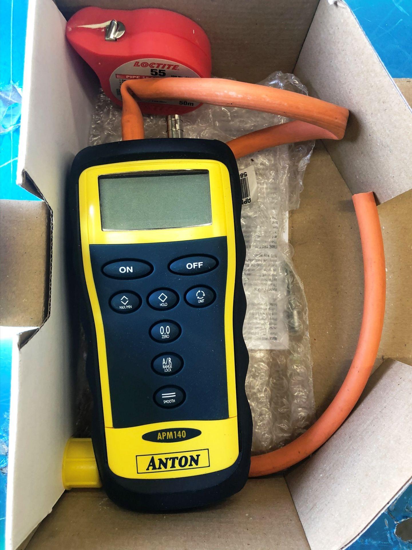 Lot 81 - Anton APM140 Differential Manometer