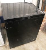 SIA CHE150BL Freestanding 147L Chest Freezer