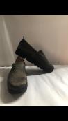 Pretty Ballerinas Ari-Tico Gold Silky Negro shoes. EU 39 RRP £179.00