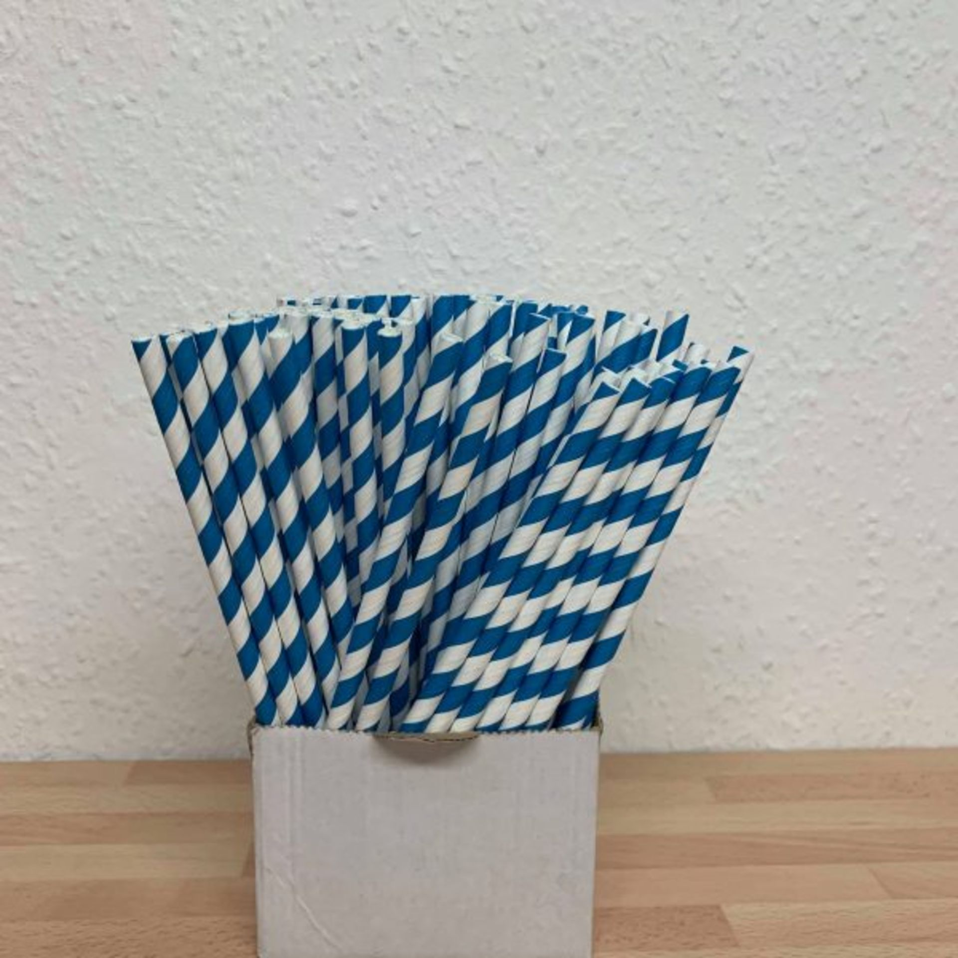Lot 370 - 5 x Boxes of Candy Twist Paper Straws by 888 Gastro Disposables