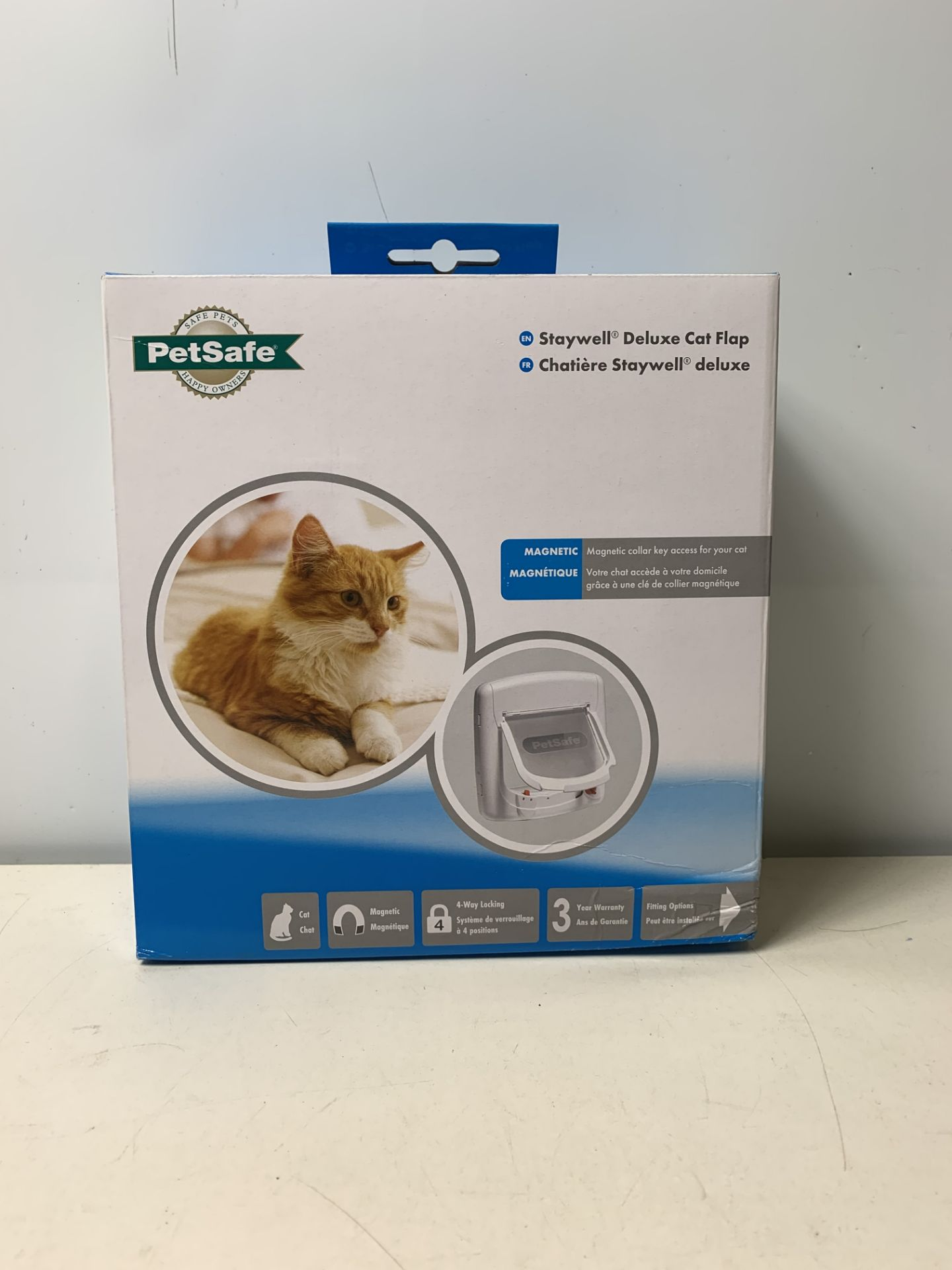 Lot 29 - 4 x Staywell Deluxe Magnetic Cat Flap White