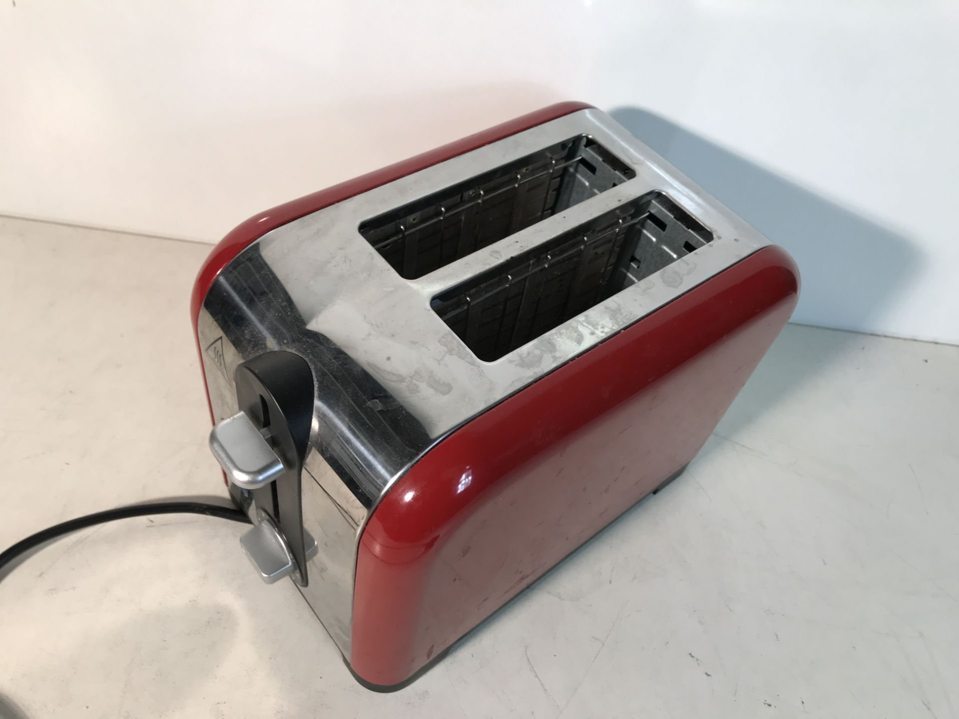 Lot 31 - Russell Hobbs Two Slice Toaster