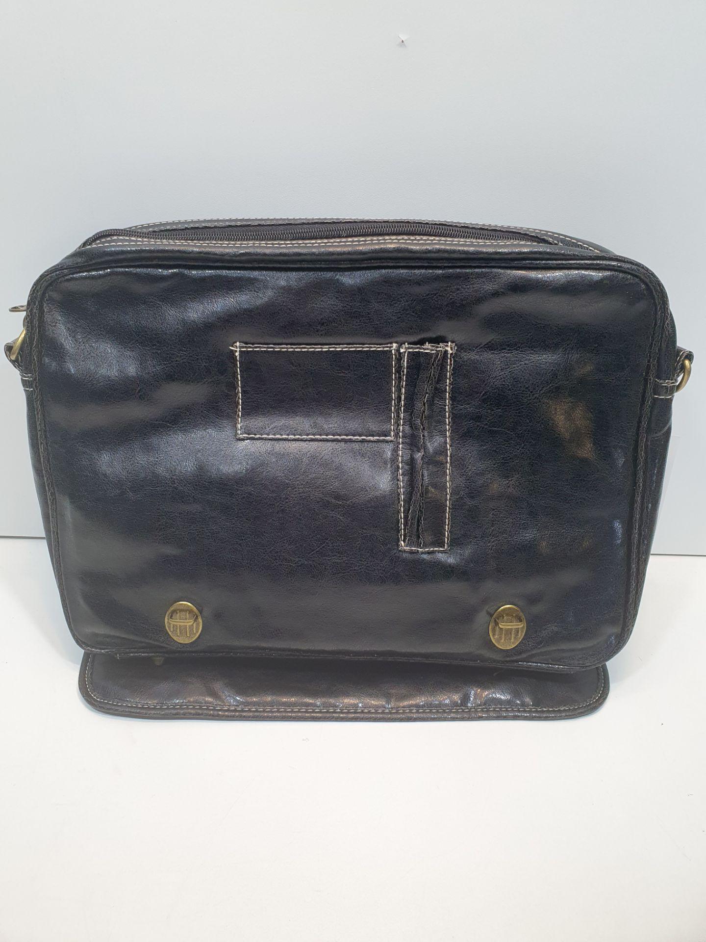 Dunlop Crack PVC Range Bag - Image 3 of 3