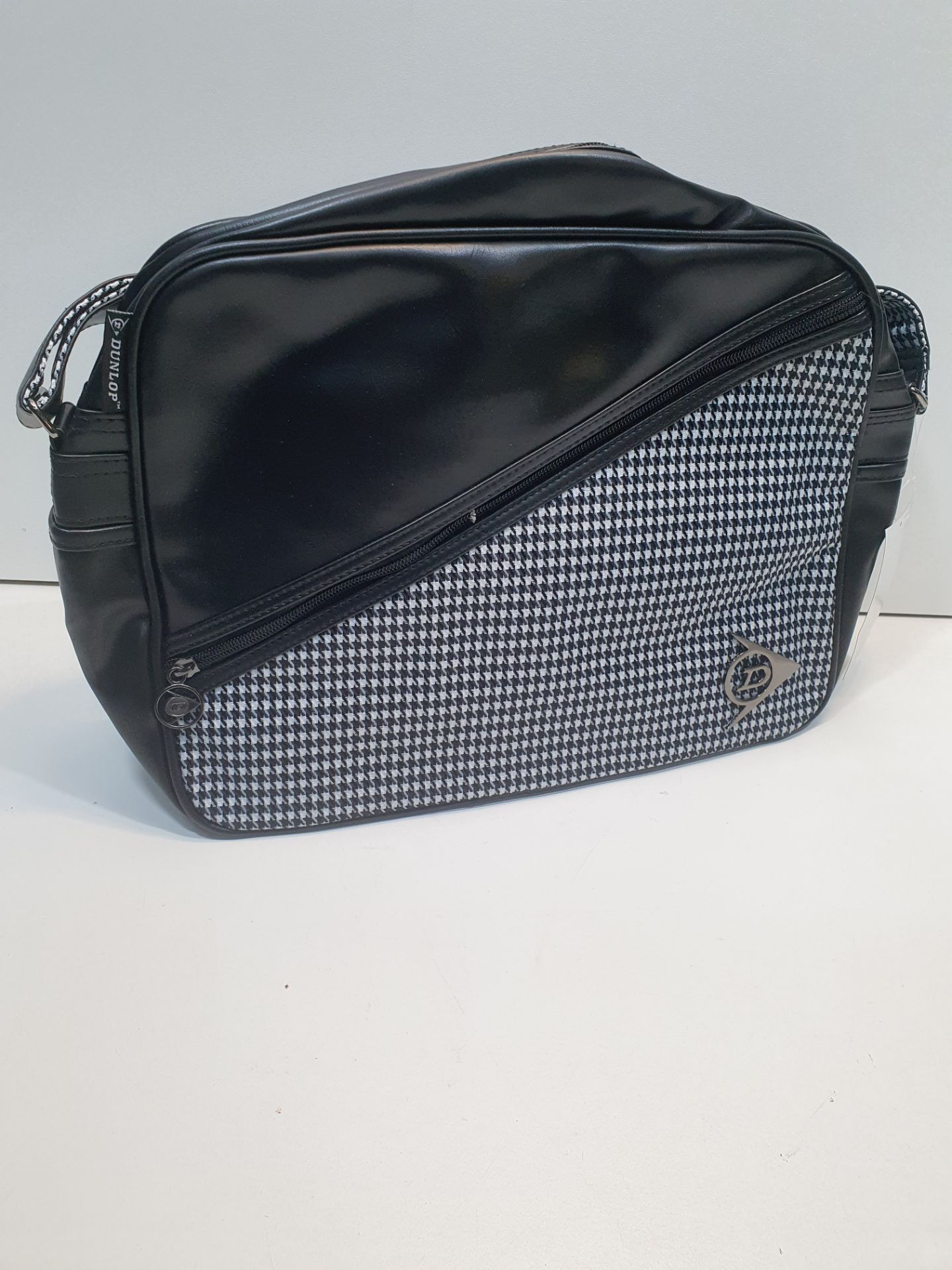 Dunlop PVC Flight Bag - Image 3 of 3