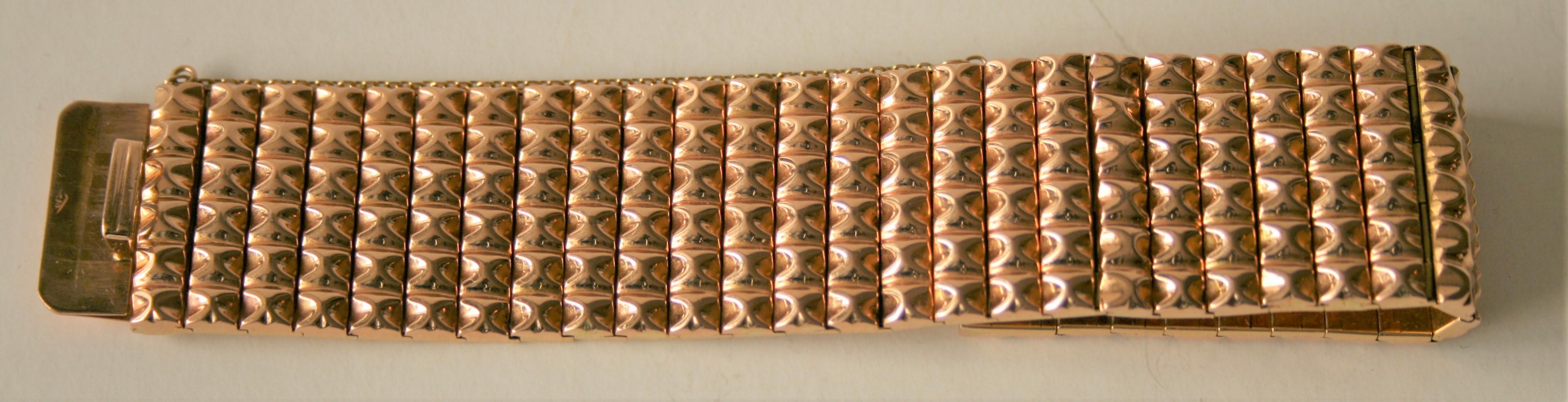 Bracelet en or 18 ct - Poids : 60,31g - - 18 kt gold bracelet - Weight: 60.31g - - [...]