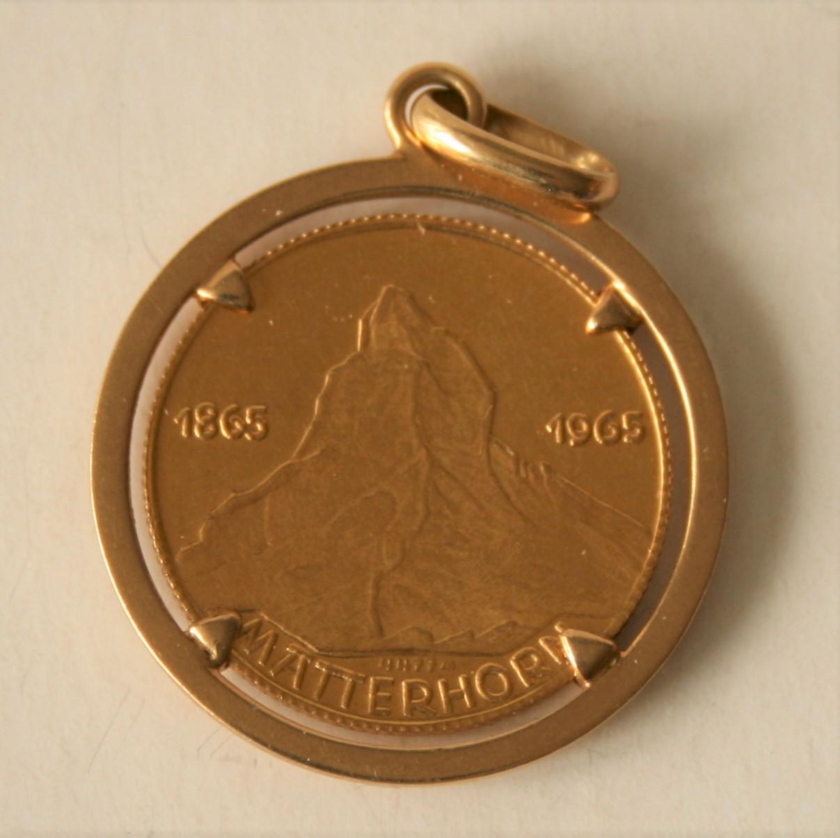 Médaille en or Edward Whymper Matterhorn, montée sur une broche en or 18 ct - Poids [...]