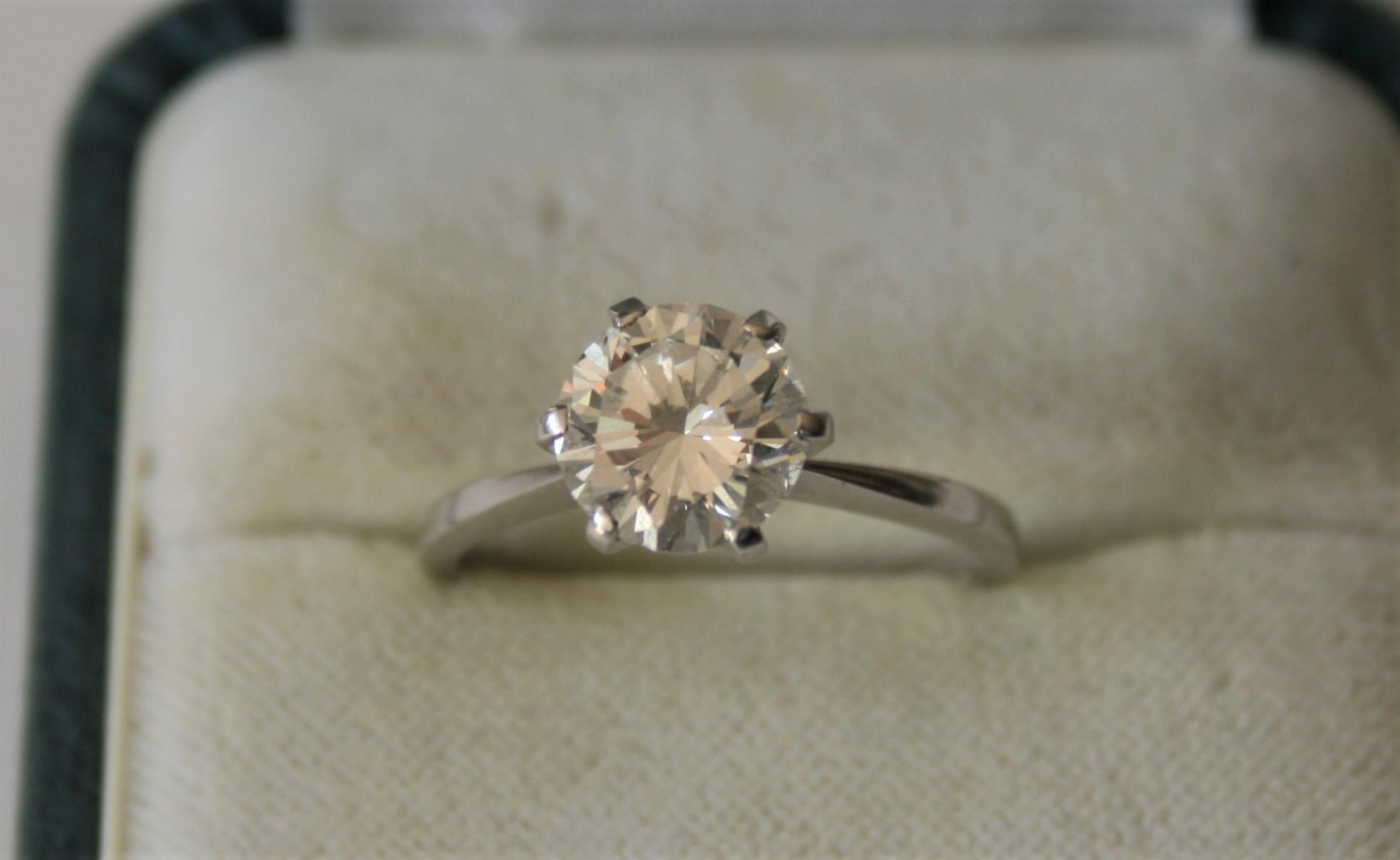 Diamant solitaire rond de 2,21 Ct, couleur Bleu Blanc, Pureté FL (pure à la loupe [...]