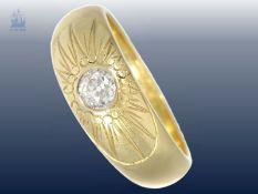 Ring: schwerer und massiver alter Goldschmiedering mit Altschliffdiamant von ca. 0,5ct