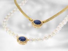 Kette/Collier: handgefertige gelbgoldene Saphir-Nittelschließe mit edler Zuchtperlenkette und