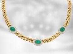 Collier: hochwertiges massives Smaragdcollier mit Brillanten, insgesamt ca. 8,03ct, 18K Gold,